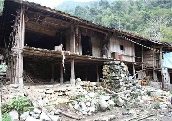 援建前的村民居住环境