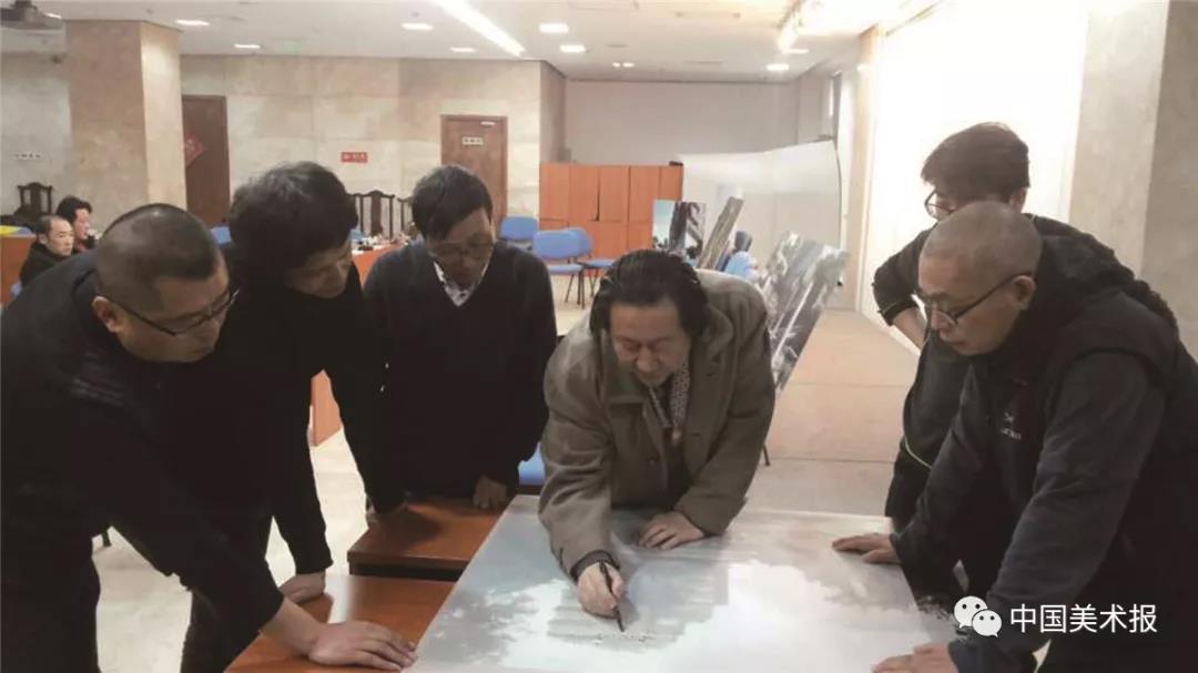 2013年10月,杨晓阳修改东扩工程方案