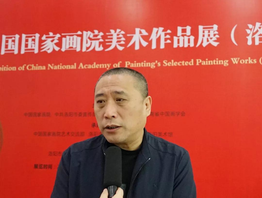 中国国家画院研究员姚大伍接受采访