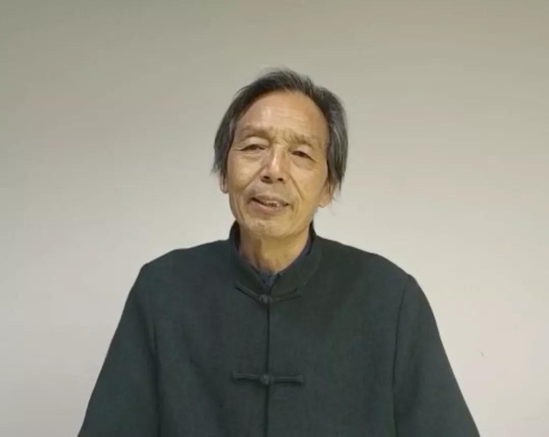 中国国家画院研究员张立柱接受采访