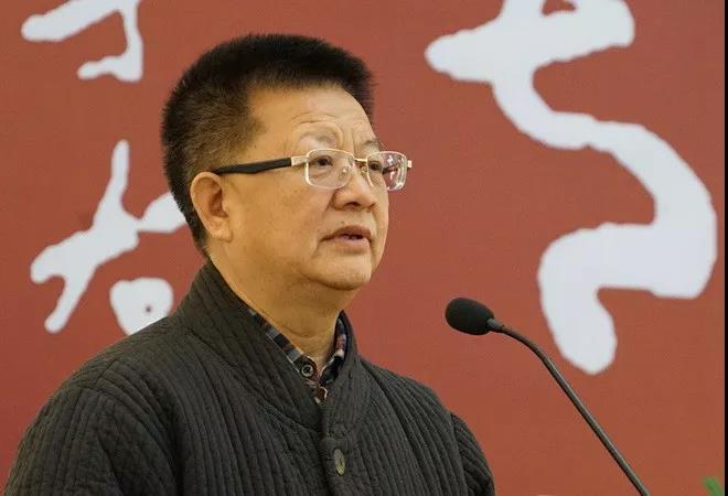 中国国家画院原副院长、书法篆刻院执行院长曾来德主持开幕仪式
