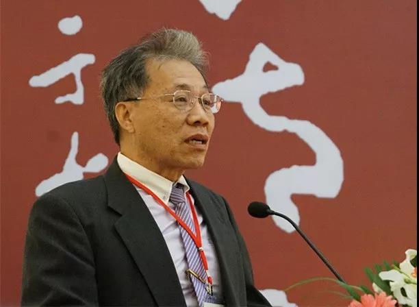 台湾中国标准草书学会理事长郑锦章致辞