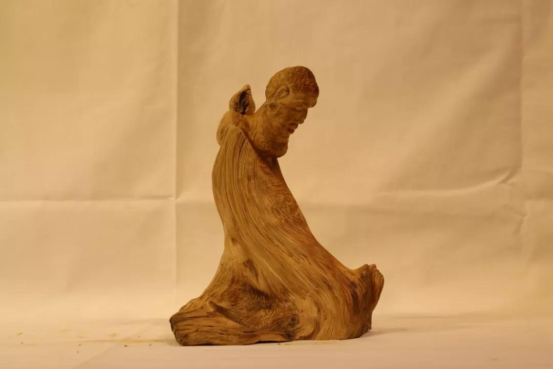 石康康  修炼  木雕