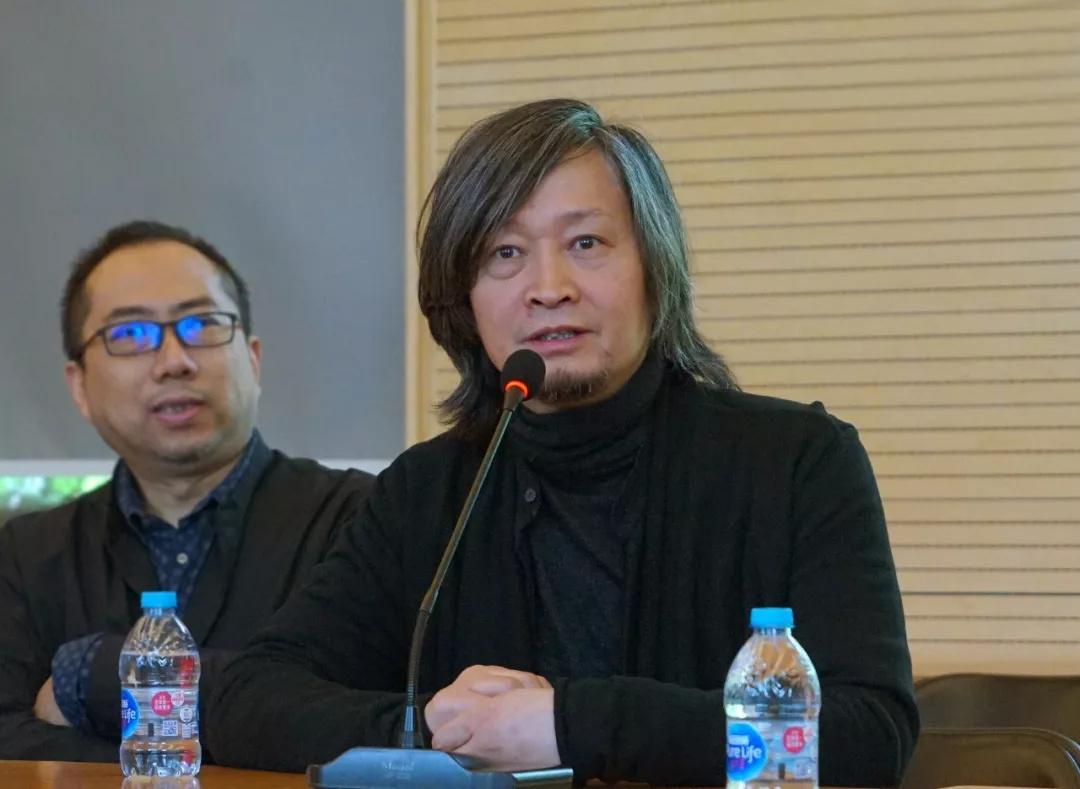 中国国家画院美术馆馆长(副局级)何加林发言