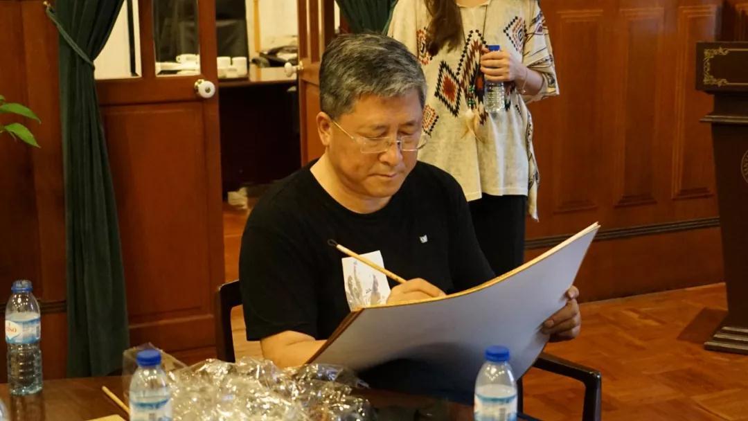 中国国家画院国画院副院长于文江写生中