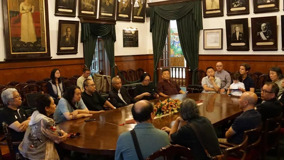乔宜男在交流会上向澳门美协转达了文化和旅游部、中国国家画院领导关于此次主题性采风写生活动的主要任务以及安排