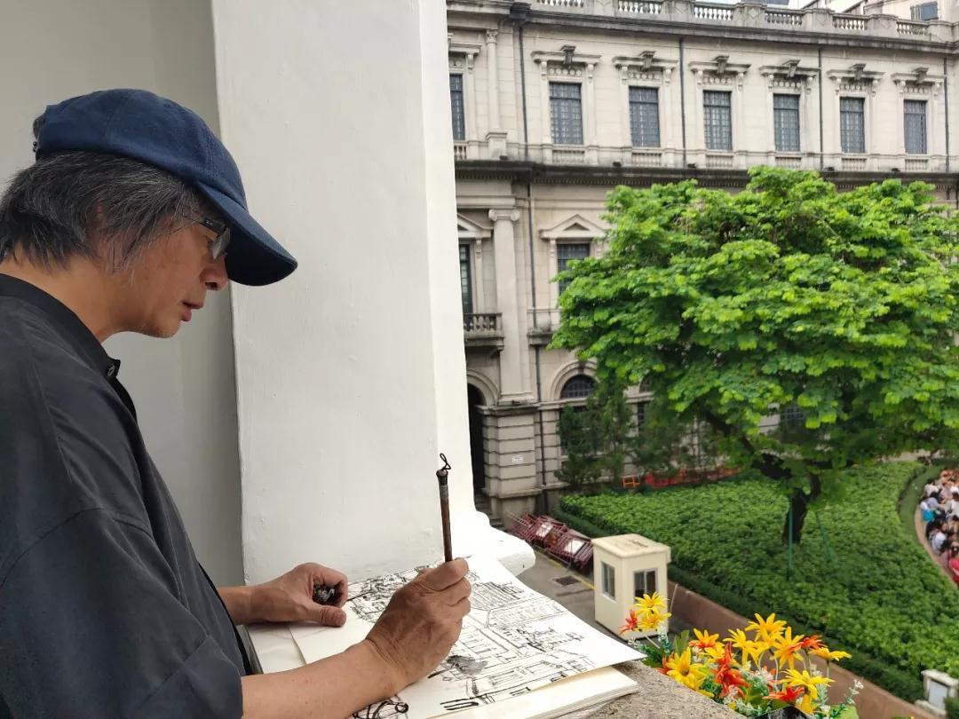 中国国家画院研究员林容生:环境真不错,我先画一幅