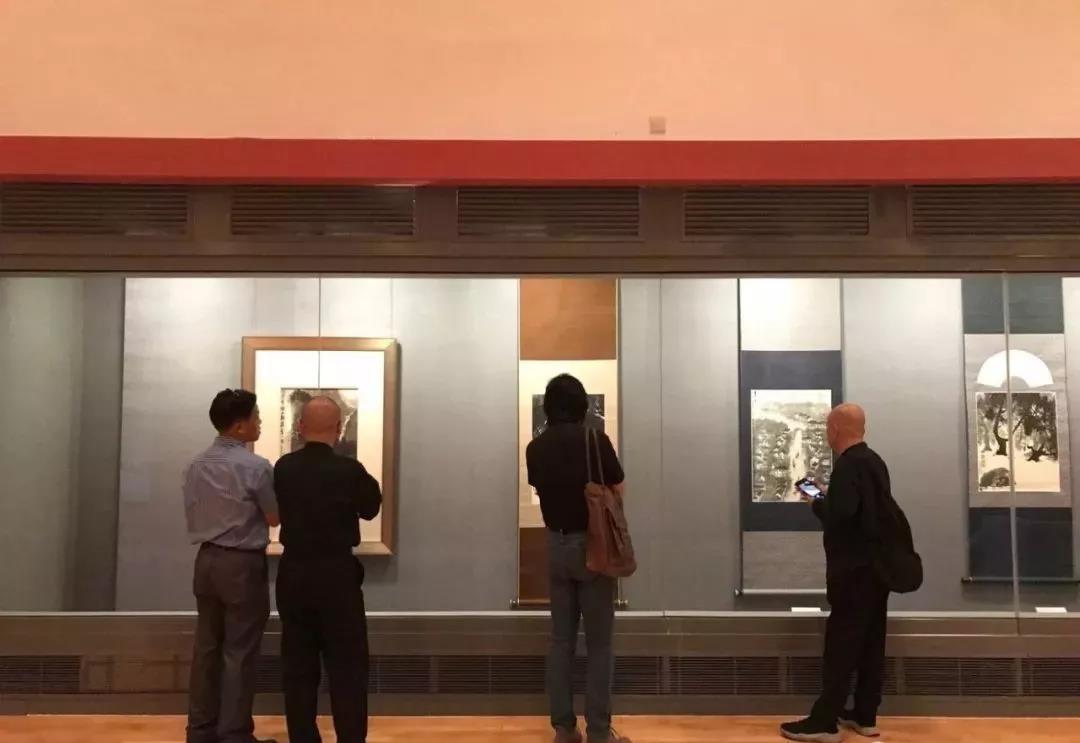 /website-webapp/ewebeditor/uploadfile/16 写生团在澳门艺术博物馆观展