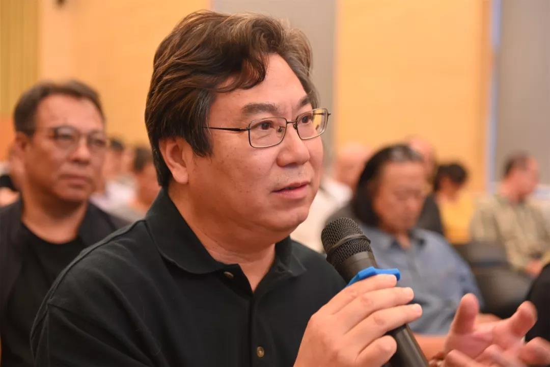 中国国家画院书法篆刻院执行院长、艺术家李晓军发言