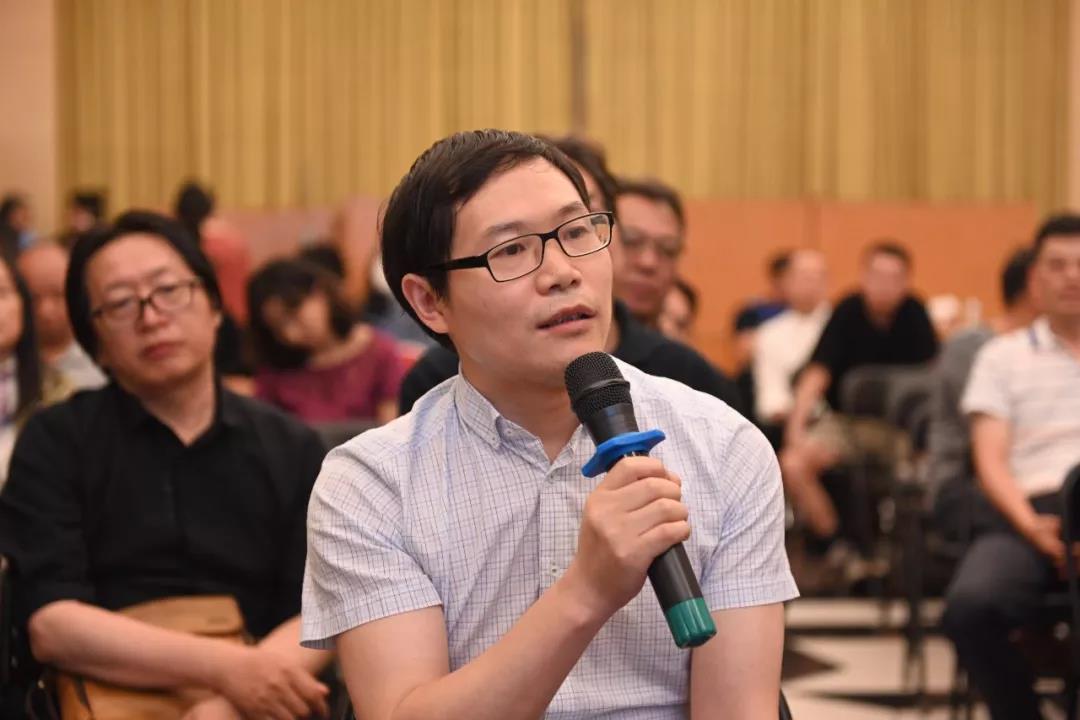 中国国家画院党委书记张士军作总结发言
