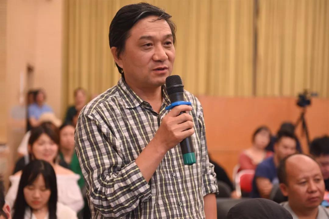 中国国家画院艺术家王辅民发言