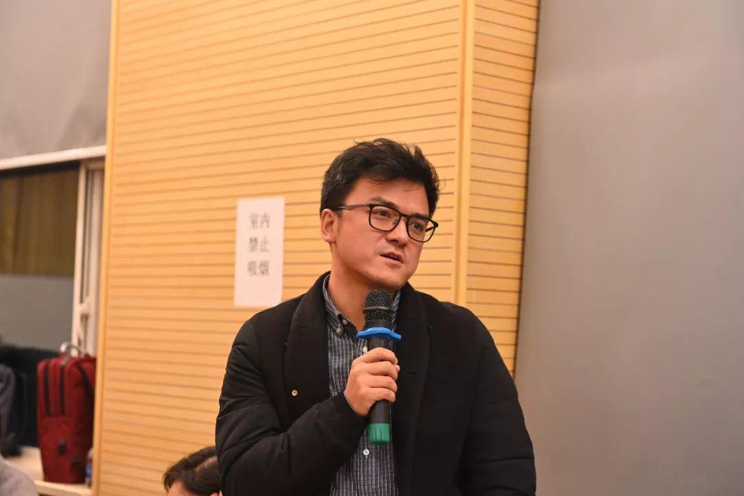 中国国家画院人事处负责人董雷提问