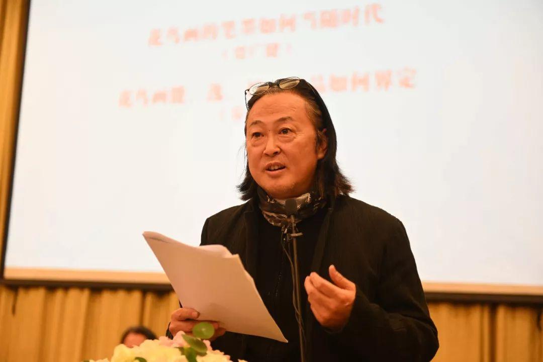 主旨演讲中的艺术家陈鹏