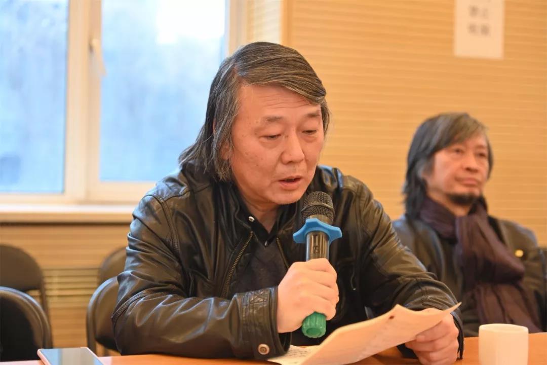 中国国家画院艺术委员会秘书长刘建发言