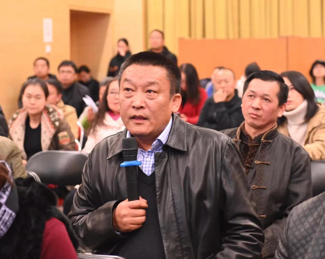 中国国家画院书法篆刻所负责人魏广君发言