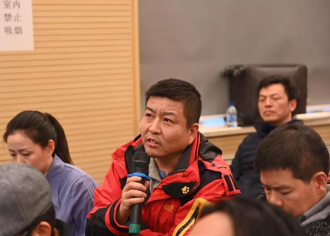 中国国家画院理论研究所理论家朱其发言