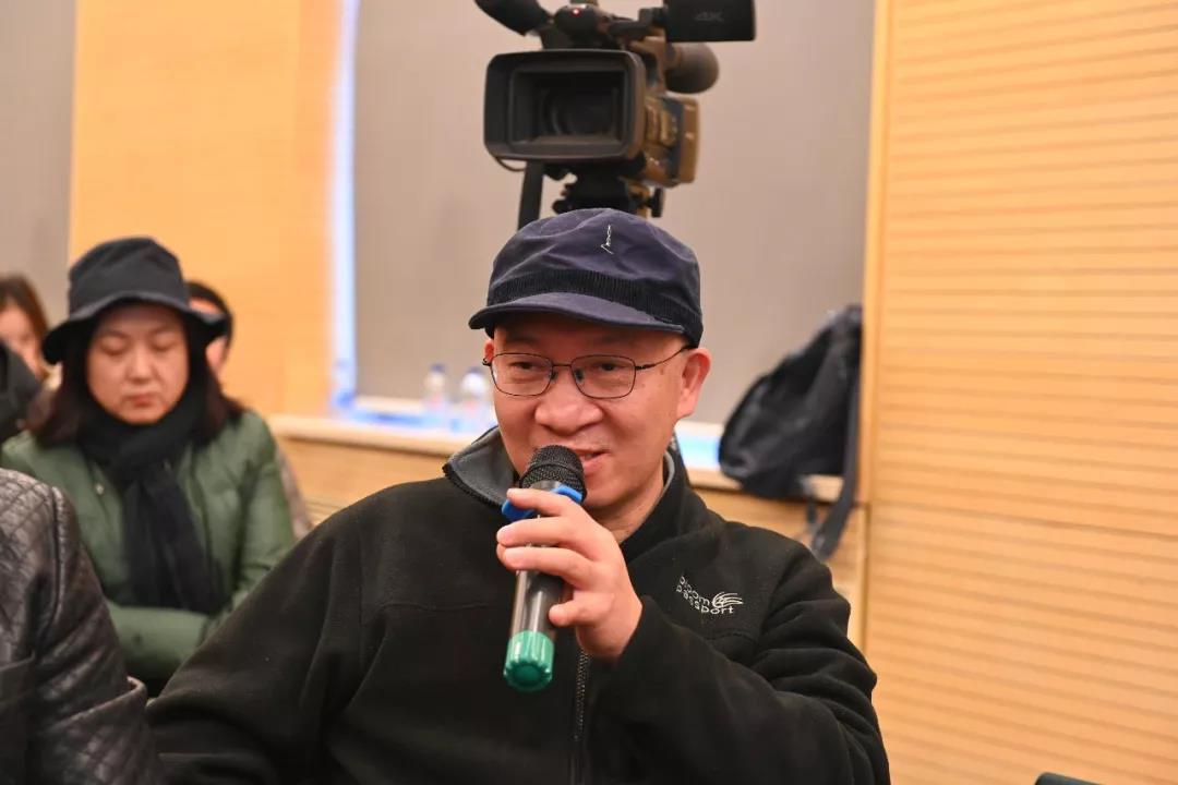 中国国家画院花鸟画所艺术家郭子良发言