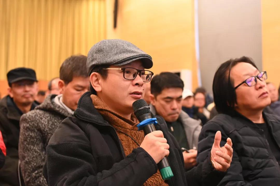 《中国美术报》社长王平发言