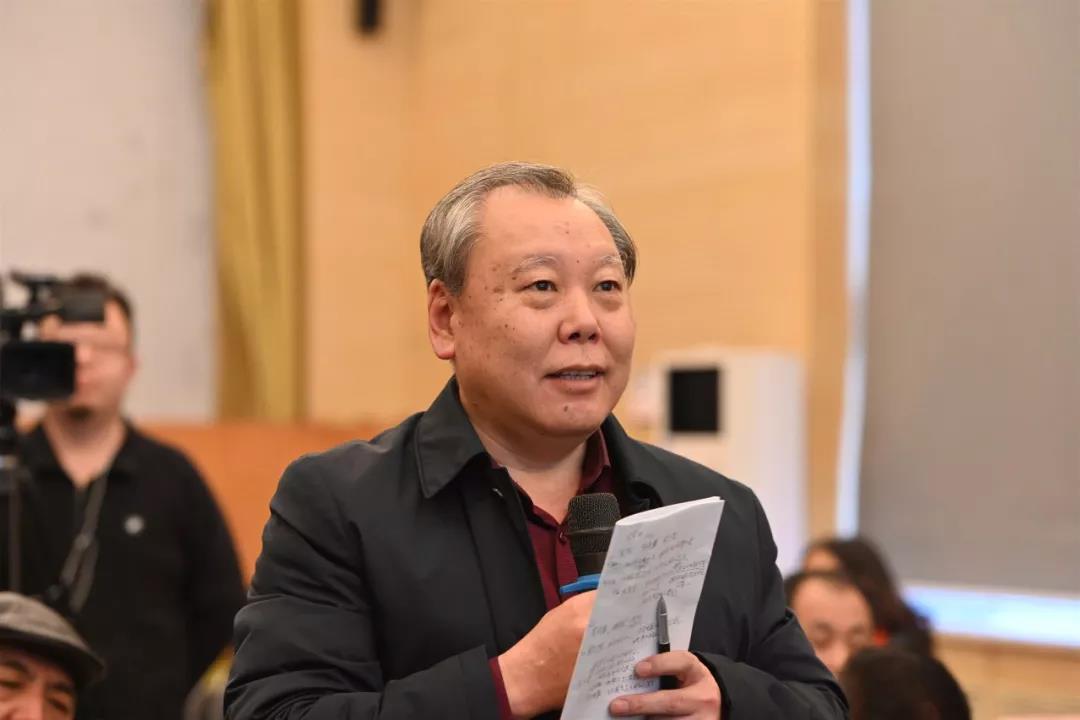 中国国家画院书法篆刻所艺术家王厚祥发言