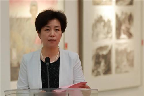中国国家画院党委副书记、纪委书记王青云主持开幕式