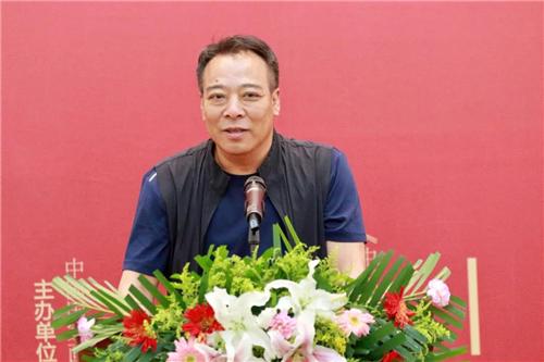 中国国家画院人物画所所长李晓柱致辞